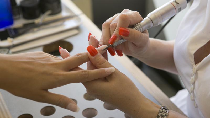 faux ongles vrais dangers