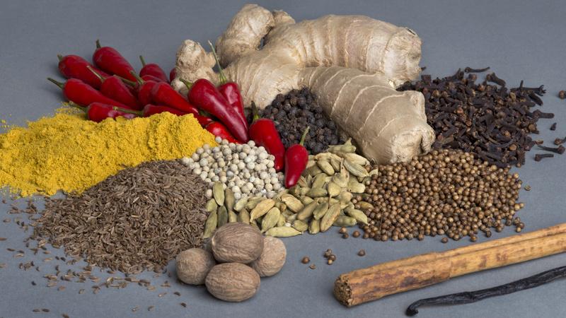Ernährung, Gewürze, Pfeffer, Koriander, Chili, Verschiedenste Gewürze