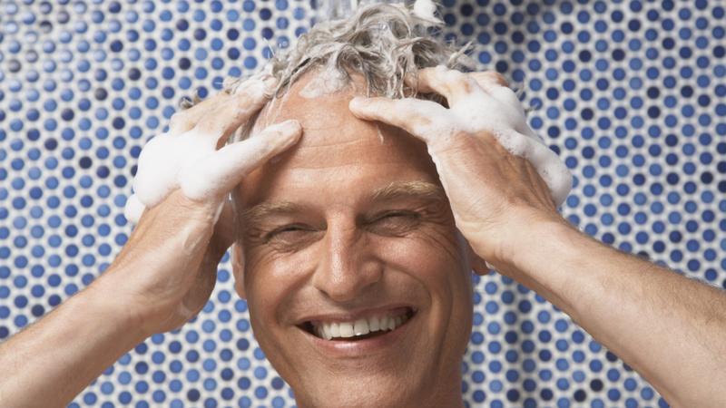 De la restitution des cheveu des cheveux gris